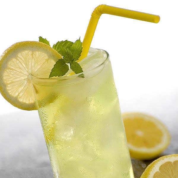 Limonada con Miel bebida isotónica para hidratar tu organismo